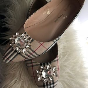 Gently Used Flats🙌🏻❤️
